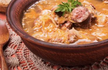 Korhelyleves (savanyúkáposzta leves) recept