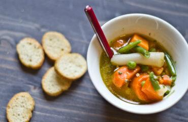 A legfinomabb zöldségleves úgy, ahogy nagyanyáink készítették